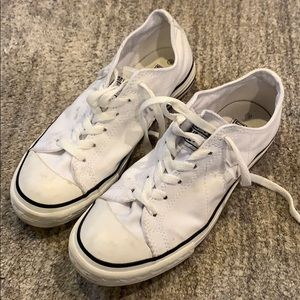 White canvas Converse One Star Sneakers